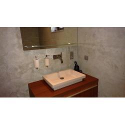 Koupelna stěrka Magic Touch, umyvadlo Duravit.jpg